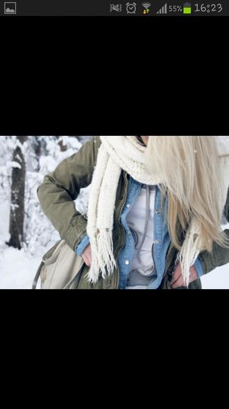 jacket scarf t-shirt swimwear kim kardashian bikini white