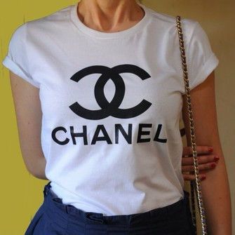 chanel shirt sweater chanel t shirt t shirt chanel shirt vogue t shirt tshirts coco chanel. Black Bedroom Furniture Sets. Home Design Ideas