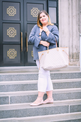 stylishsassy&classy blogger sweater jeans bag jewels sunglasses louis vuitton bag plus size blue shirt blue sweater