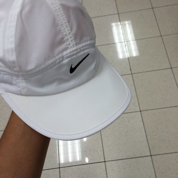 hat nike running shoes white