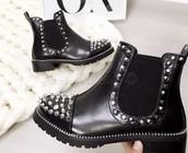 shoes,biker boots,black,spikes,boots