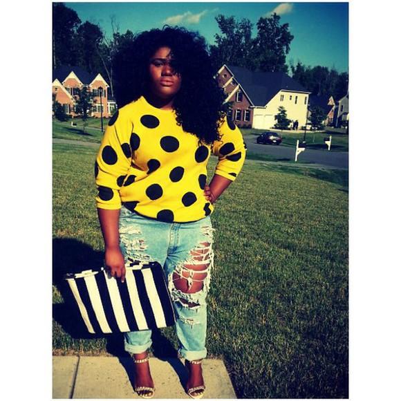polka dots sweater shirt yellow yellow top blackandyellow black cute fall sweater fall outfits fashion fashionita plussize boyfriend jeans sexy classy celebrity style