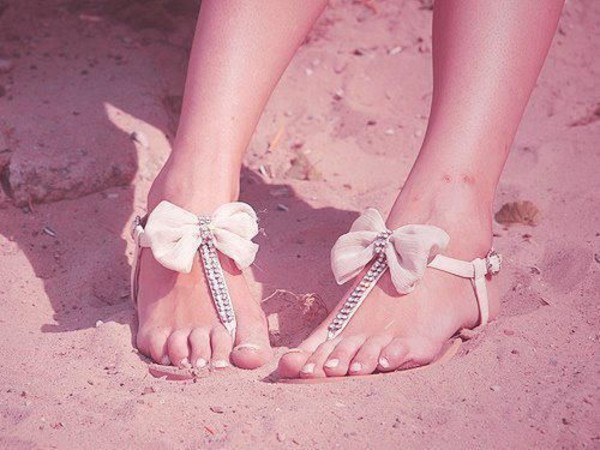 shoes bows sandals diamonts diamonds sexy baby pink sandals with bow sand