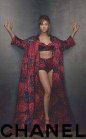 coat,beyonce,bey,queen b,beyonce concert,underwear