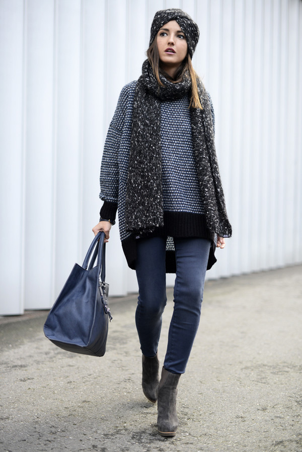 lovely pepa sweater scarf jeans shoes bag