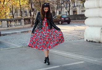 kelpas diary blogger printed dress black leather jacket