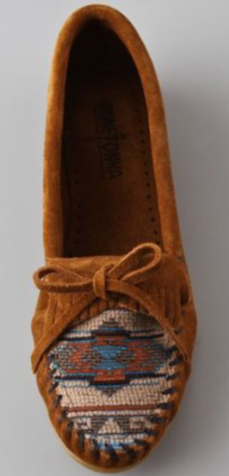 shoes minnetonka moccasins