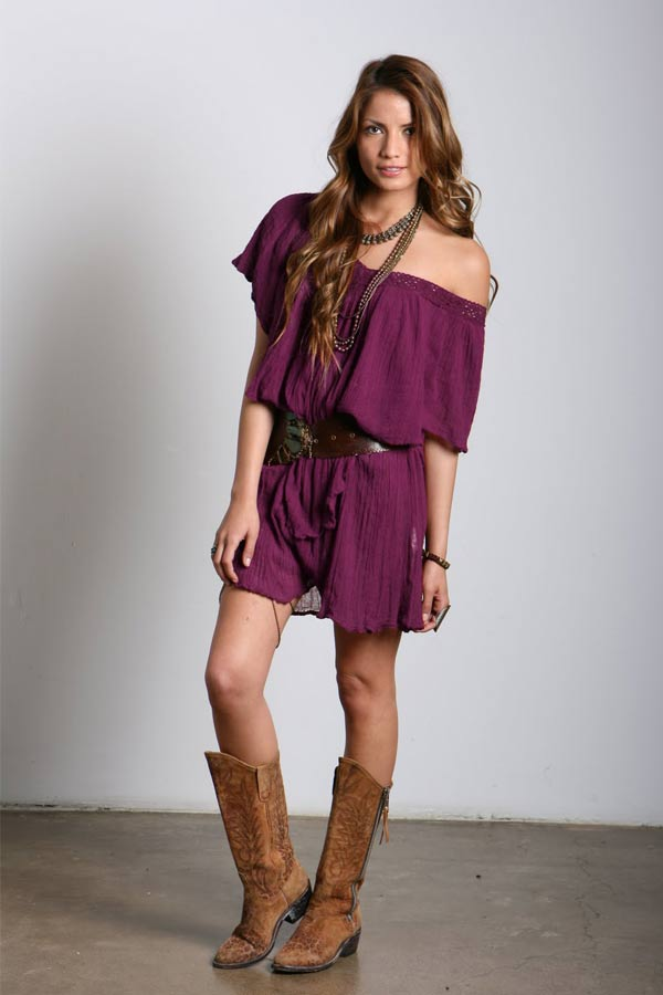 Jen's Pirate Booty Poncho Villa NR Ruffle Dress in Wine
