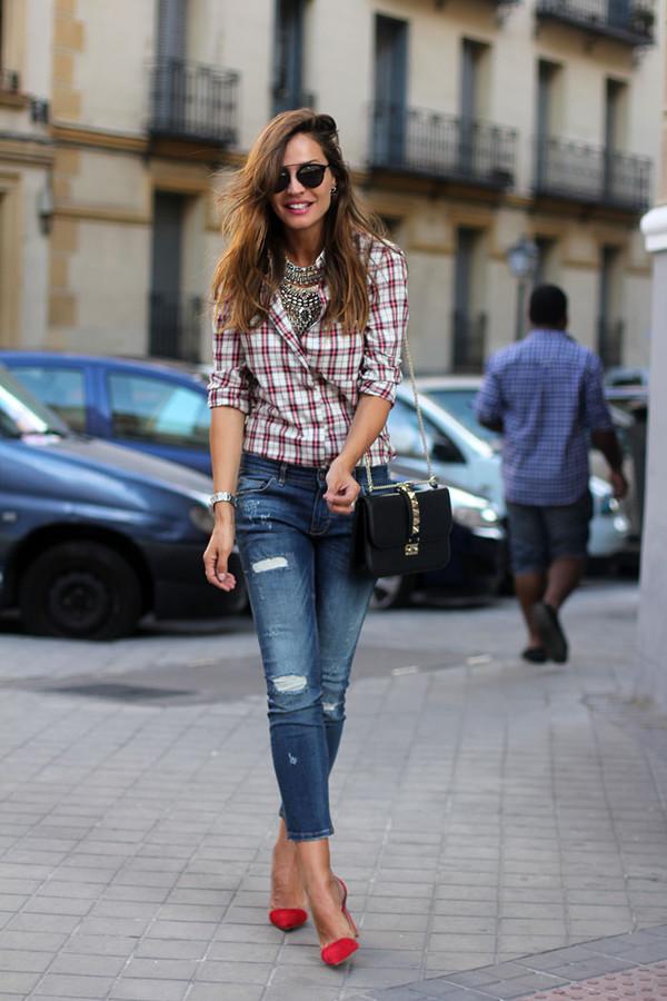 lady addict blogger jeans sunglasses jewels