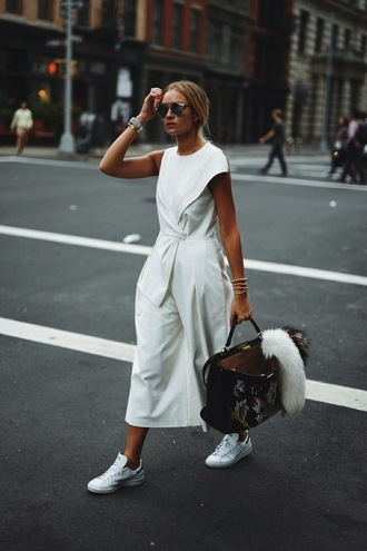 en vogue coop blogger jumpsuit bag shoes fashion week all white everything our favorite accessories 2015 all white outfit