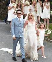 kate mos,wedding,white dress,wedding dress,kate moss,dress