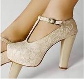 shoes,lace overlay t strap platform pumpps