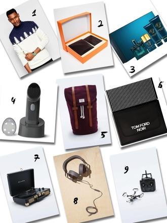 fab le frique blogger shoes jewels earphones bag