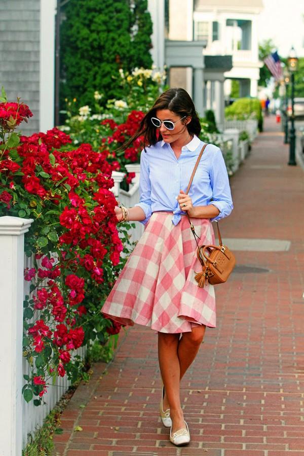 classy girls wear pearls skirt shoes bag jewels