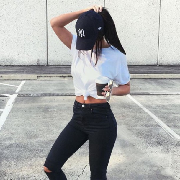 hat new york city cap jeans ripped jeans high waisted jeans black cap baseball cap black jeans t-shirt white t-shirt