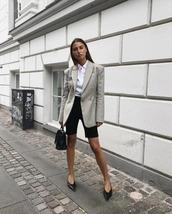 blazer,grey blazer,black bag,shirt,white shirt,black shoes