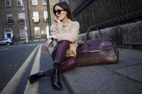 anouska proetta brandon bag sweater pants shoes