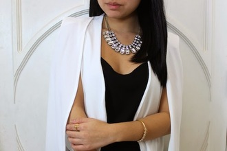 looks by lau blogger diamonds necklace cape classy