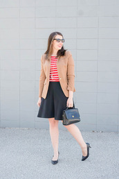 styleontarget,blogger,shoes,sunglasses,jewels,t-shirt,jacket,bag,skirt,pumps,high heel pumps,blazer,red top