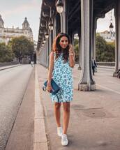 dress,mini dress,casual dress,sneakers,bag,printed dress