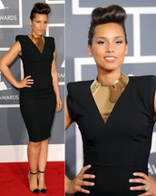 alicia keys,little black dress,gold,necklace,dress,jewels