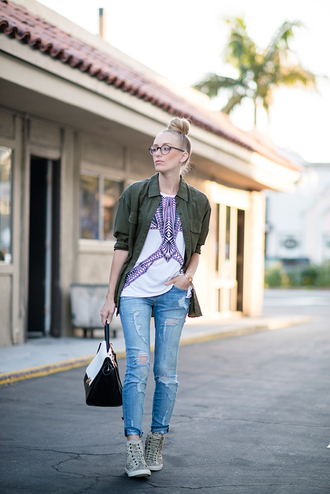 eat sleep wear t-shirt blouse jeans shoes bag jewels