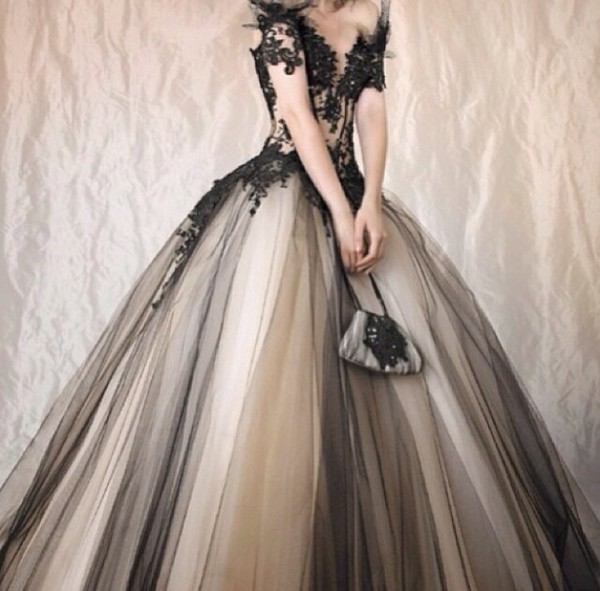 dress бренд prom dress prom beige poofy sweet lawd omg bag shoes black shoes black dress