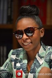 sunglasses,brown,bria williams,book signing