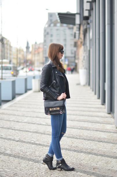 vogue haus blogger shirt sweater jacket jeans shoes bag jewels sunglasses