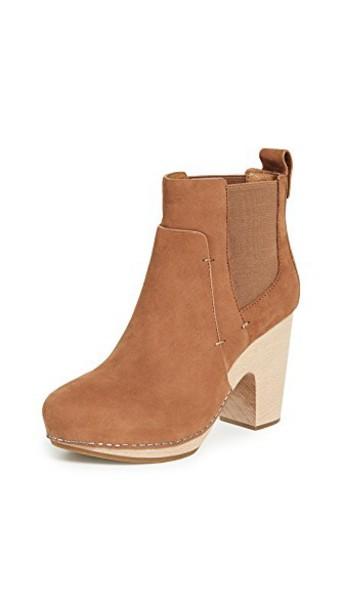 Veronica Beard booties shoes