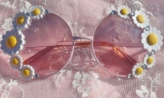 sunglasses daisy cutieeeees floral lace pink pink sunglasses vintage sunflower style sassy daisy