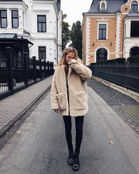 coat beige faux fur