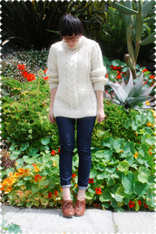 wool,yellow sweater,white sweater,sweater