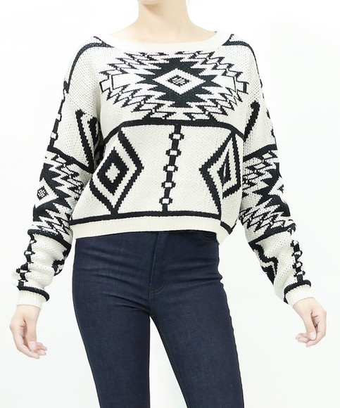 ivory tribal pattern aztec sweater top top cute top stylish trends trend trendy girly fall outfits winter sweater