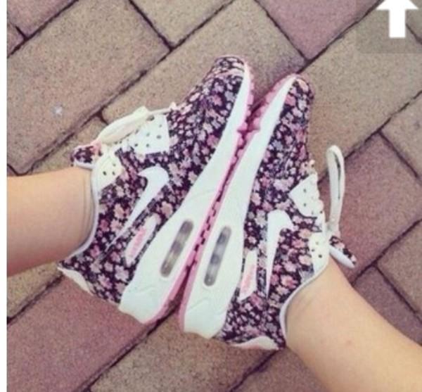 Womens walking shoes 2014
