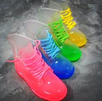shoes wellies color rain boots boots vintage boots clothes pink colorful pink boots blue boots yellow boots green boots yellow green cute shoes rainboots clear blue