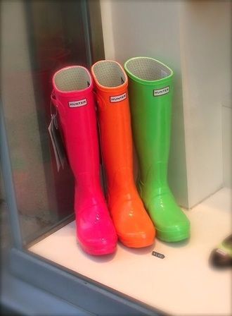shoes hunter boots boots neon colorful rainbow pink