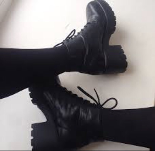 shoes black combat boots tumblr grunge wheretoget