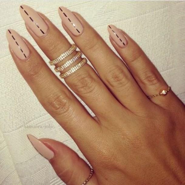 Дизайн на длинных овальных ногтях фото