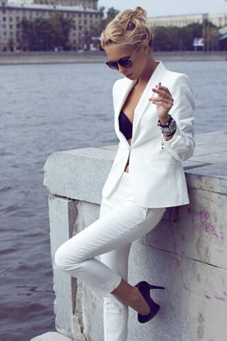 jacket white suits pants all white everything sunglasses high heels top pant suit white suit white hot blazer white trousers