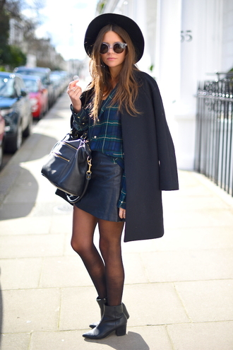 spin dizzy fall blogger coat hat tartan leather skirt handbag black leather bag