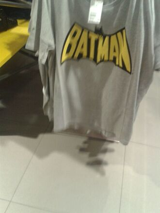 t-shirt batman grey top yellow