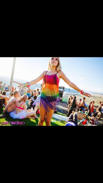 dress rainbow rave