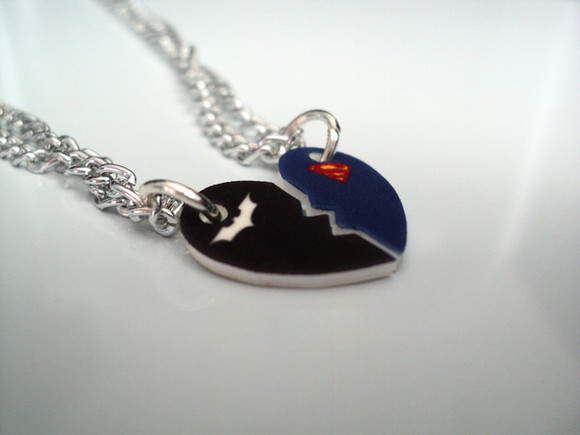superman batman superhero blue white jewels low-necked neklace red friki comics need this in my life heart half heart necklaces friends different cute