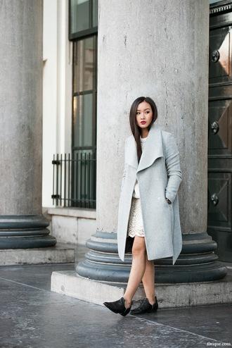 tlnique coat shoes sweater skirt