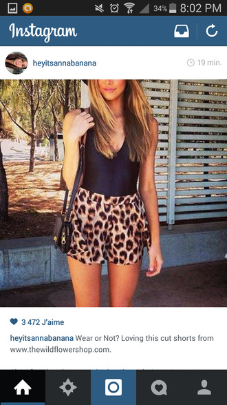 tank top black top top summer waves ombr? hair tie and dye leopard shorts girl