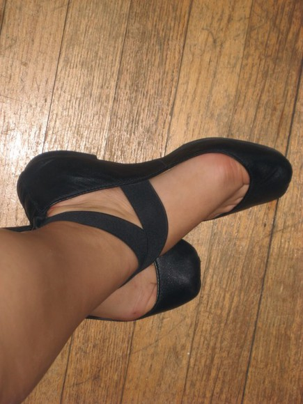 black shoes flats ribbons