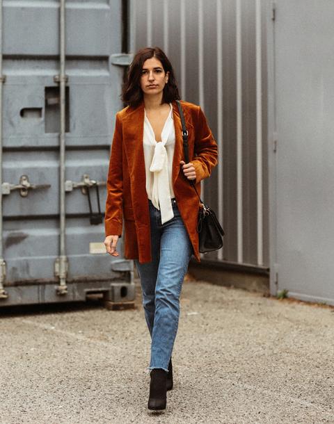 jacket tumblr blazer corduroy rust white blouse blouse denim jeans blue jeans boots black boots bag