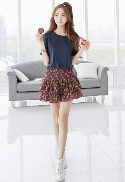 Skirt t-shirt ruffle shirt crop tops cute style fashion korean fashion - Wheretoget