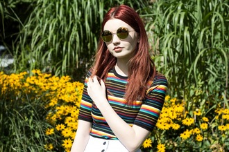 hannah louise fashion blogger t-shirt skirt jacket shoes sunglasses